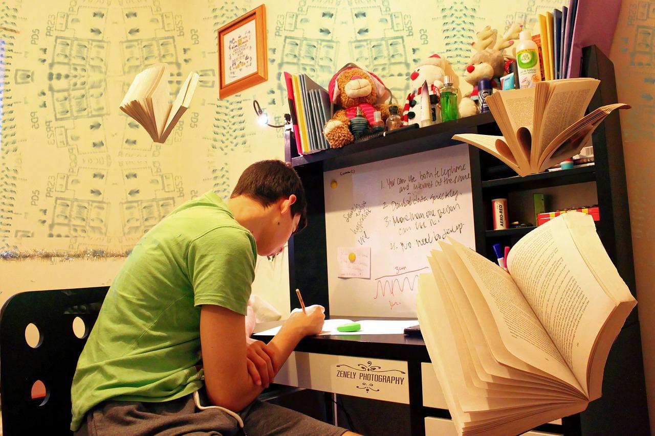 宅建士試験合格のコツ・効率の良い勉強法とは?