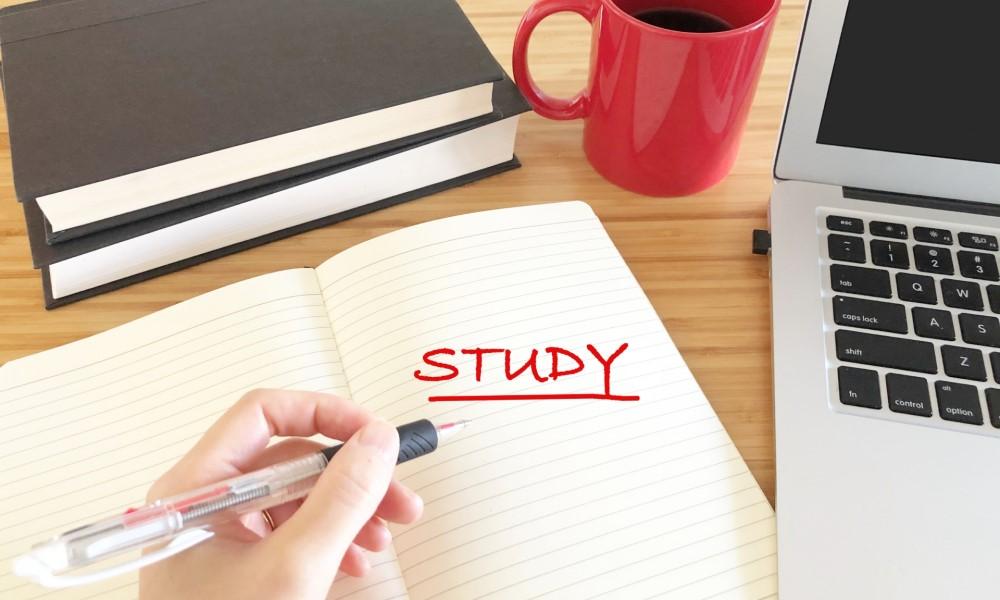 宅建試験にむけた勉強、いつからはじめる?